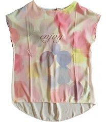 very simple zachtroze polyester shirt