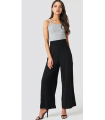 na-kd trend high waist wide cropped pants - black