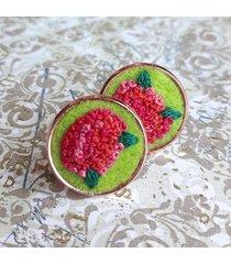 czerwone hortensje - haftowane kolczyki