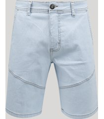 bermuda jeans masculina slim com recortes azul claro