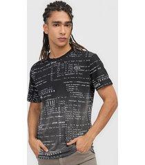 camiseta john john digital preto