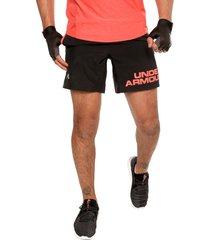 pantaloneta negro-coral under armour ua speed stride 7'' graphic
