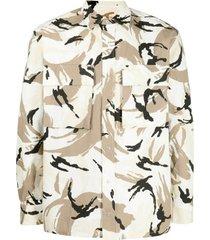 camouflage-print shirt