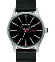 reloj sentry leather negro nixon
