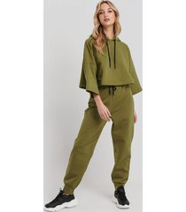 na-kd dipped end drawcord joggers - green