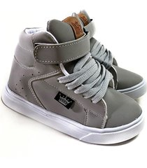 zapatilla gris grizzly