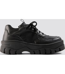 na-kd shoes chunky profile sneaker - black