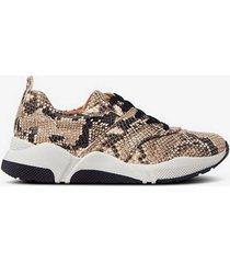 sneakers 8840