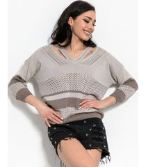 sweterek w serek