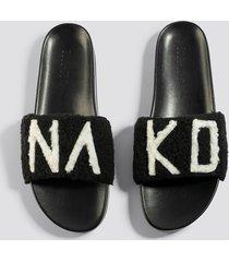na-kd shoes fluffy na-kd slippers - black