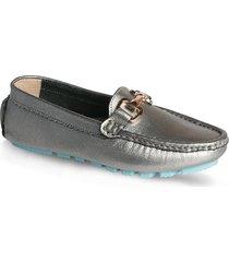 zapato tipo mocasin hebilla - plateado