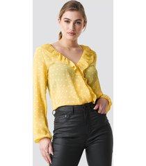rut&circle frill wrap blouse - yellow