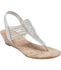 bandolino women's gabe beaded thong sandals women's shoes