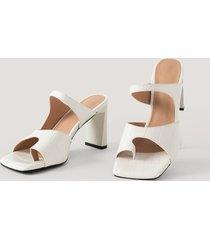 na-kd shoes sandaler med dubbla remmar - white