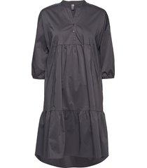 cuantoniett dress knälång klänning svart culture
