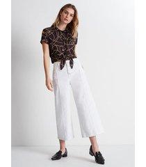 blusa camisera cropped estampada cadenas