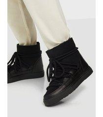 inuikii sneaker classic flat boots