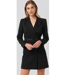 na-kd classic wide belt blazer dress - black