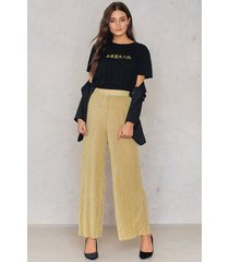 na-kd party glittery pleated pants - gold