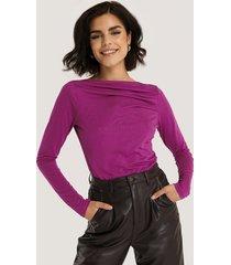 na-kd trend draperad modaltopp med lång ärm - purple