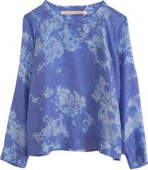 raglan blouse in blue skies tie dye