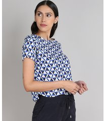 blusa feminina ampla estampada geométrica manga curta decote redondo branca