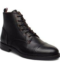 leather boot with zip snörade stövlar svart lindbergh