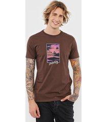 camiseta billabong blur marrom - marrom - masculino - dafiti