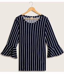 camiseta estampado rayas azul 24
