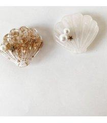 soho style seashell hair clip duo