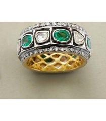 alternating emeralds band ring