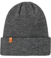czapka knitted