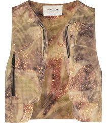 1017 alyx 9sm camouflage printed cropped gilet - brown