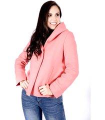 chaqueta rosa con capota botón plateado invisible bolsillos laterales