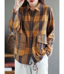 camicetta vintage con risvolto scozzese a maniche lunghe con coulisse e tasca con bottoni