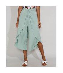 calça saída de praia pantacourt cintura alta com transpasse e amarração verde claro