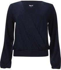camiseta cruzada con drapeado color azul, talla 10