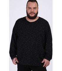 camiseta masculina plus size básica com bolso manga longa gola careca preta