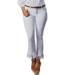 pantalon adrissa blanco cinco bolsillos silueta regular corto desflecado