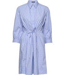 d1. tp dobby drawstring dress knälång klänning blå gant