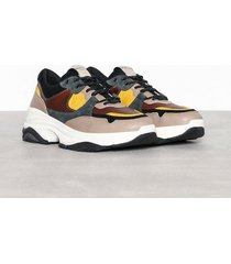 selected homme slhgavin trainer w sneakers ljus brun