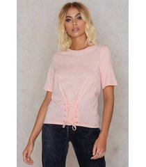 rut&circle waist belt tee - pink