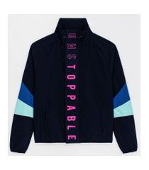 jaqueta esportiva corta vento estampa unstoppable | get over | azul | gg