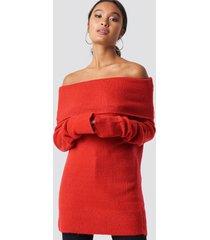 na-kd offshoulder folded wide sweater - red
