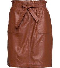 mirabella leather skirt knälång kjol brun minus