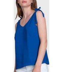 blusa ash con lazo en tirantes azul - calce regular