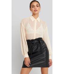 na-kd party paper waist pu skirt - black