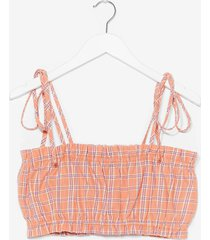 womens plaid your cards right tie crop top - pink