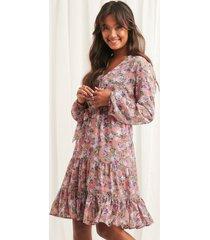 na-kd boho self-tie printed midi dress - multicolor