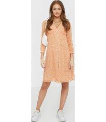 vero moda vmloula 7/8 blk dress exp ga loose fit dresses